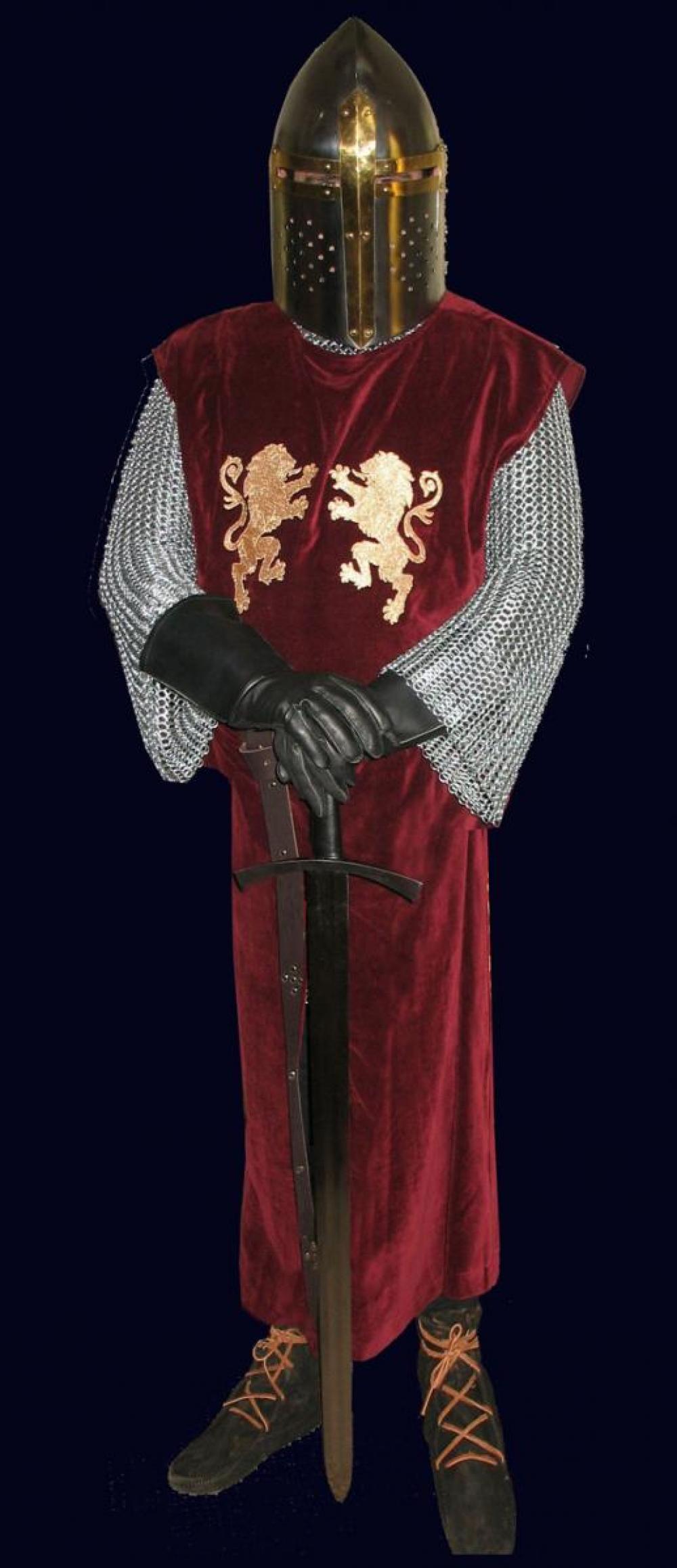 15-Costume