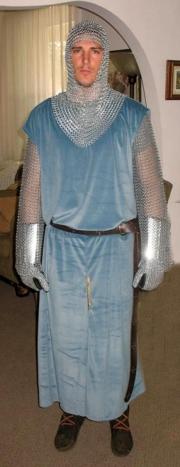 8-Costume